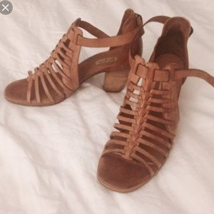 Paul green Christina leather sandals size8